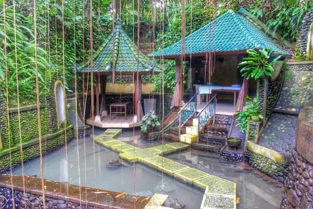 Yoga retreat, Bali
