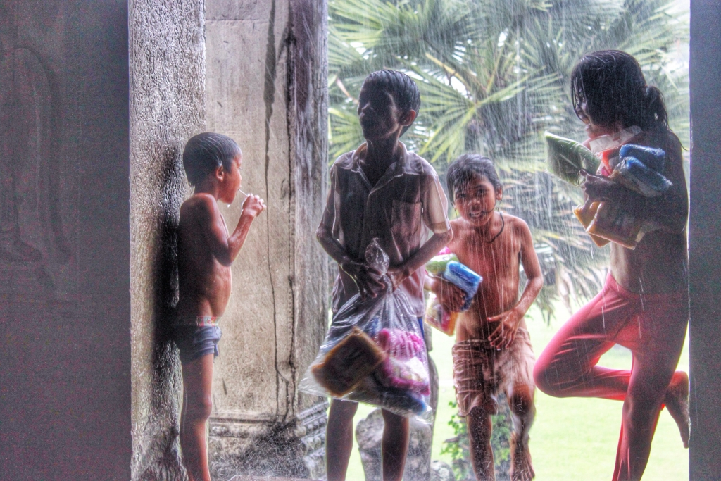 Child vendors, Siem Reap