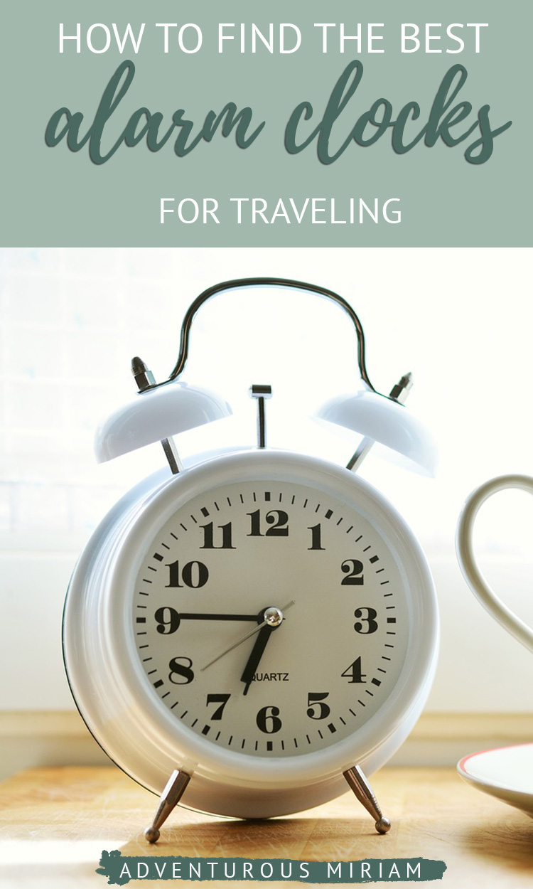 Find the best travel alarm clocks for your next trip. Choose between analog, digital, sound machines and much more in my handpicked selection. #alarmclocks #travelalarm